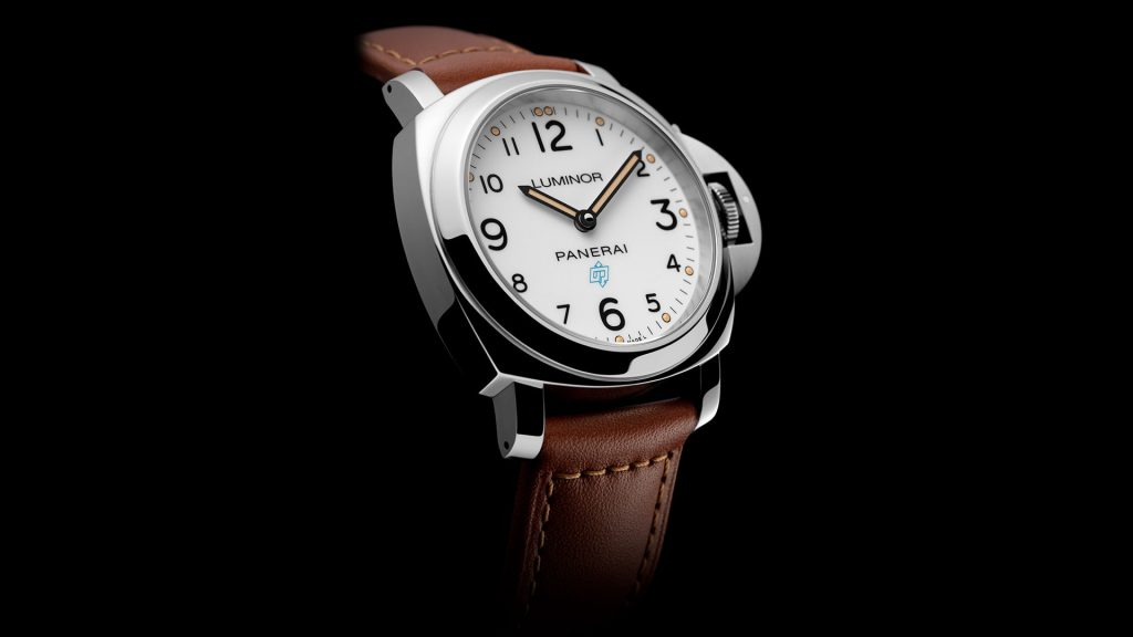 Replique Panerai Luminor Base Logo