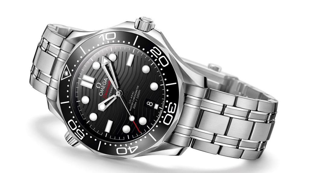 Replique-Omega-seamaster-professionnel-plongeur-300m-42mm-montre-07