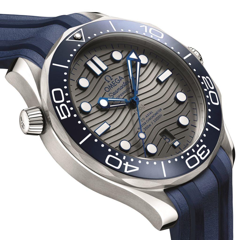 Replique-Omega-seamaster-professionnel-plongeur-300m-42mm-montre-13